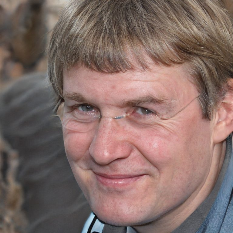 Семен Никонов